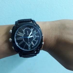 Đồng hồ đeo tay camera W9000 hỗ trợ quay đêm