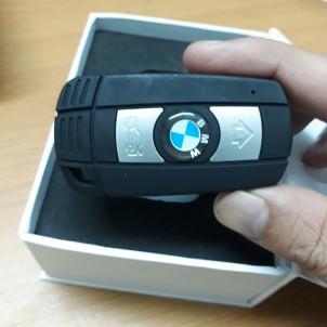 Camera siêu nhỏ ngụy trang móc khóa ôtô BMW mới nhất 2017
