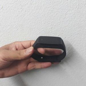 Camera ngụy trang đồng hồ đeo tay dành cho phụ nữ
